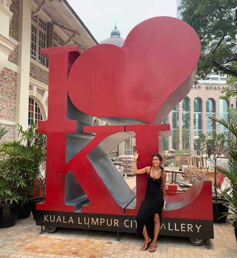 "Estatua ""I love KL""."
