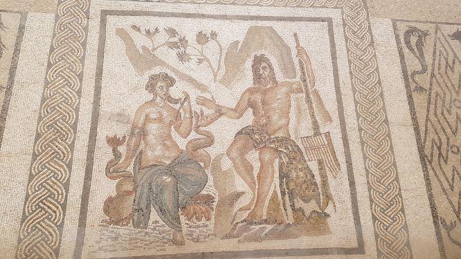 Mosaico romano en una de las paredes del Alcázar de los Reyes Cristianos de Córdoba.