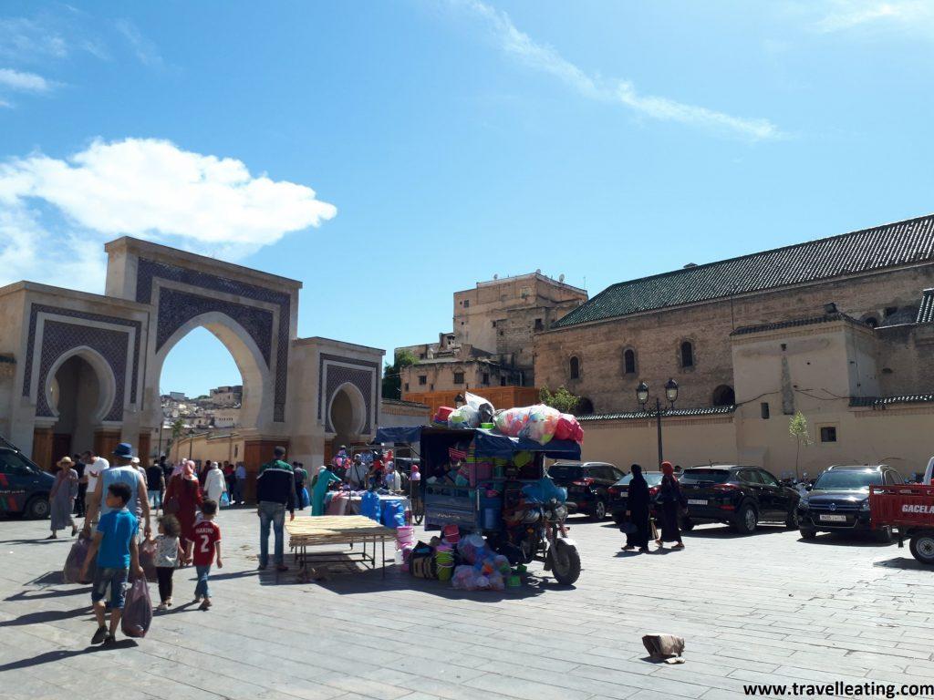 Plaza R'cif en la medina de Fez.