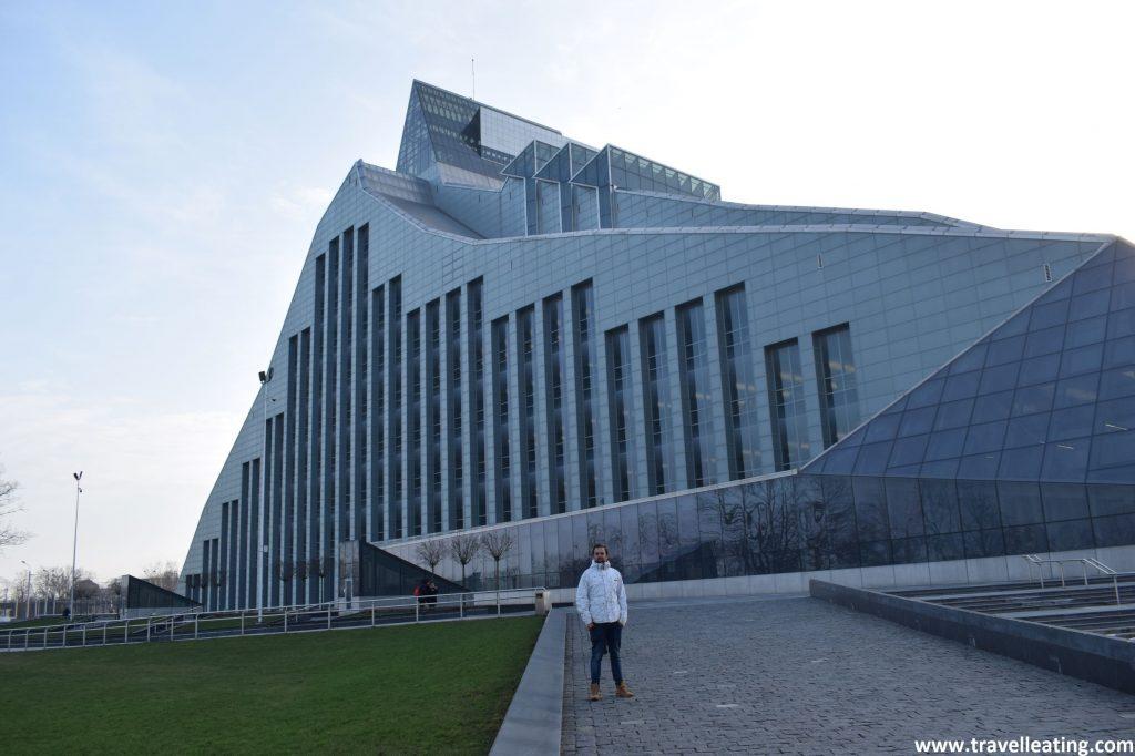 Biblioteca Nacional de Letonia, uno de los miradores de Riga.