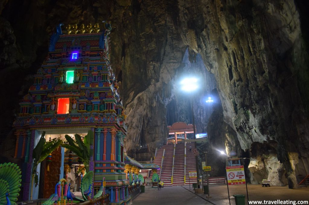 Interior de las Batu Caves.