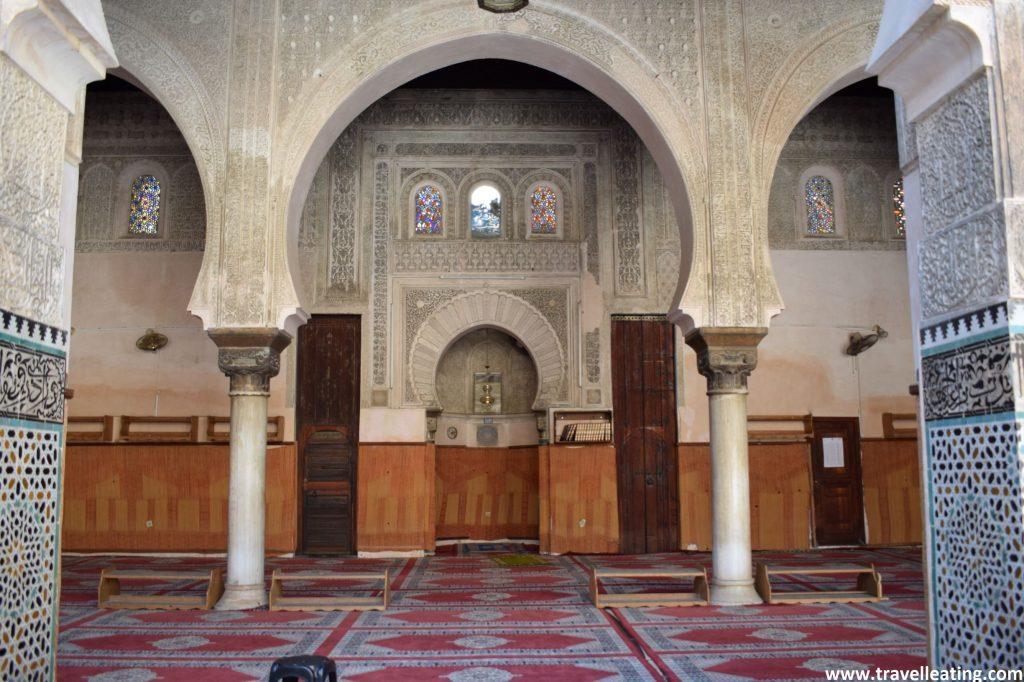 Sala de oraciones de la Madrasa Bou Inania.