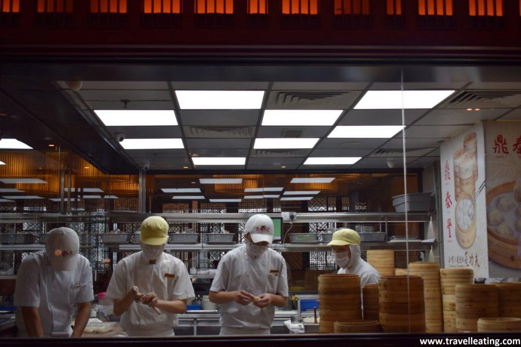 Cocina abierta del Ding Tai Fung. En el centro comercial Pavilion de Kuala Lumpur.