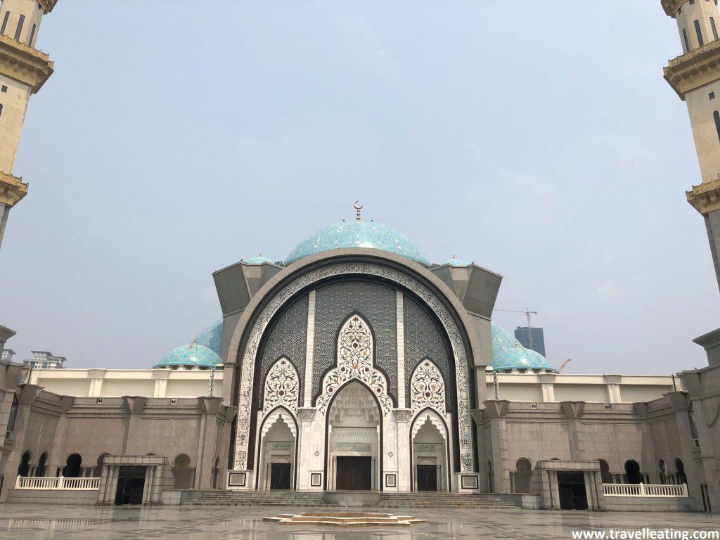 Interior de la mezquita Masjid Wilayah.