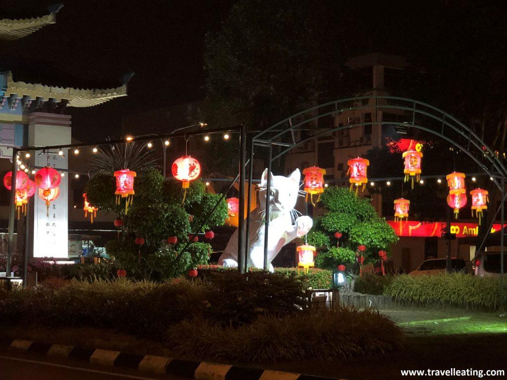 Estatua de gato en Kuching.