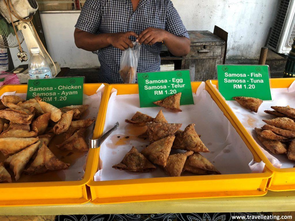 Puesto de samosas en Little India.