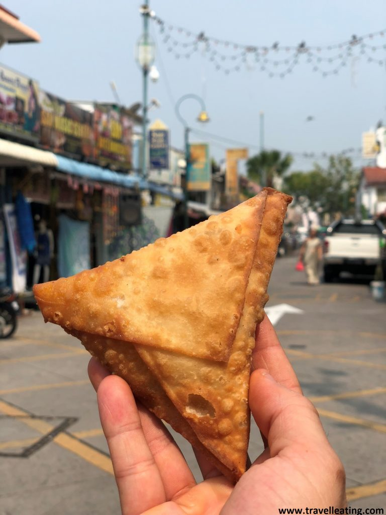 Samosa comprada en Little India. Georgetown, Penang.