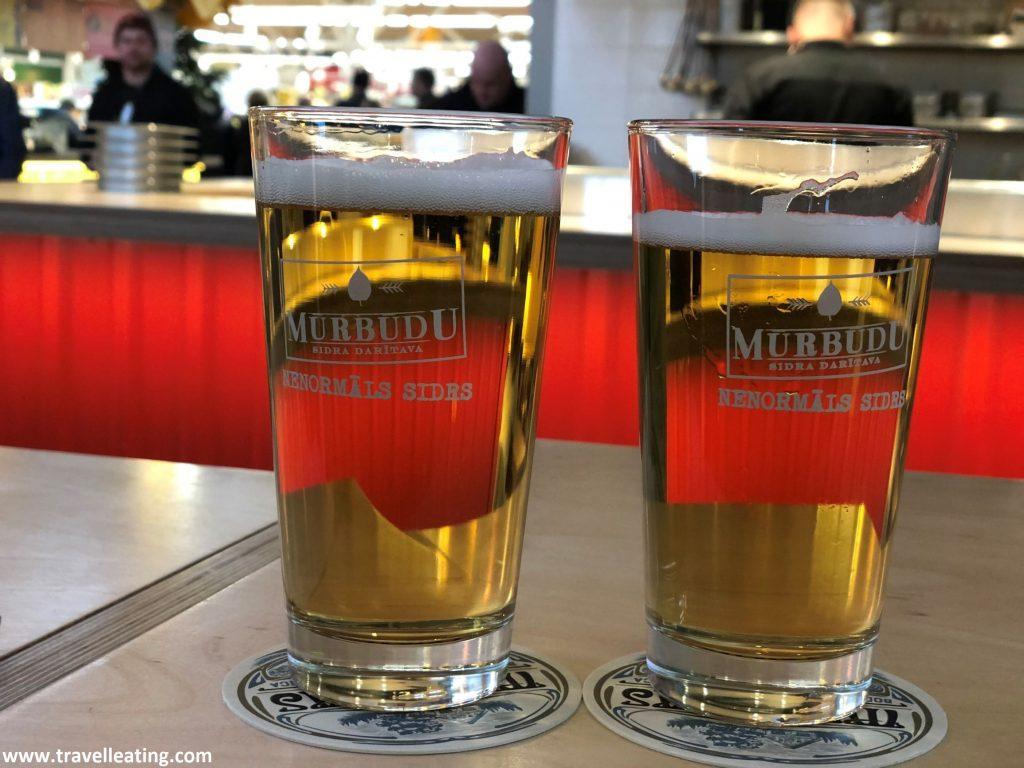 Cervezas en el Mercado Central de Riga.