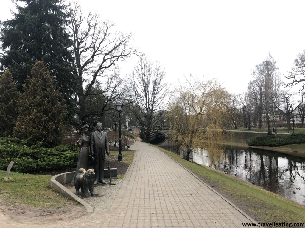 Parque Bastejkalna, en el centro de Riga.