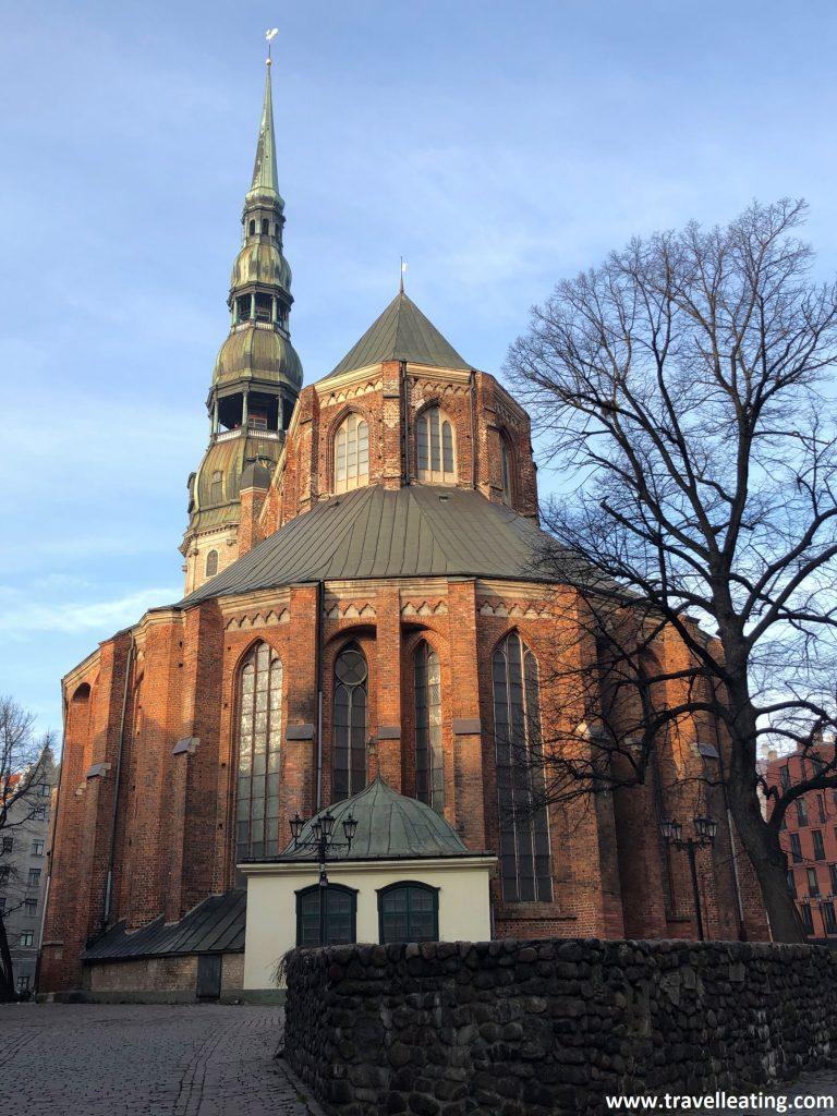 Iglesia de San Pedro, en el casco histórico de Riga.