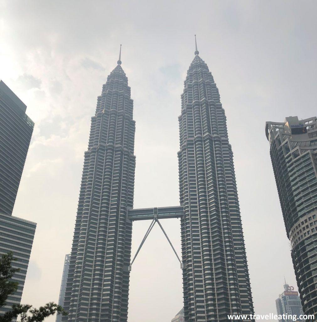 Torres Petronas de día, en Kuala Lumpur.