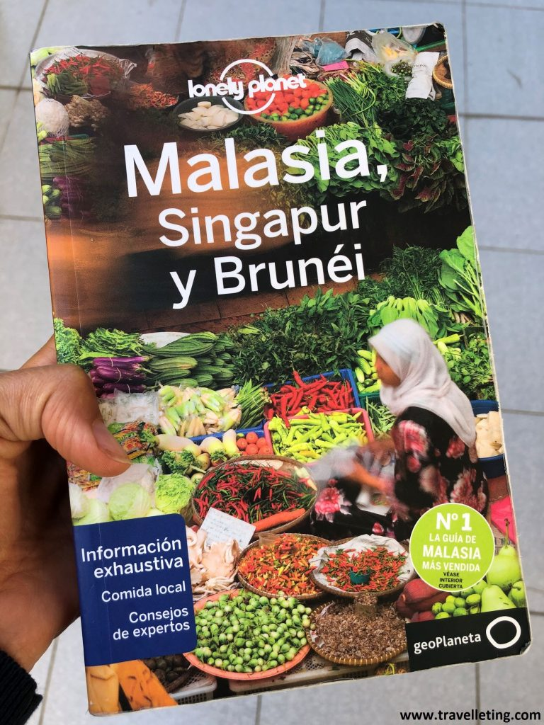 Guia Lonely Planet de Malasia.