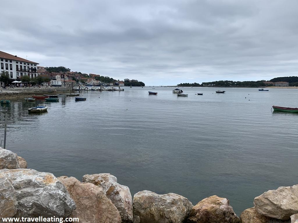 Puerto pesquero de San Vicente de la Barquera, uno de los pueblos más bonitos de Cantabria.