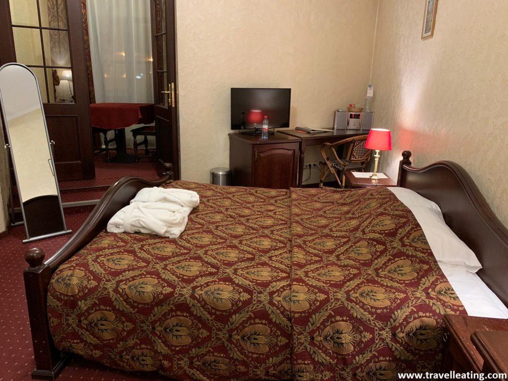 Nuestra habitación del Hotel Monte Kristo de Riga.